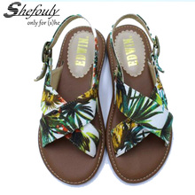 Girls Summer Sandals Japanese Low Heeled Printed Strip Girls Wild Girls Forest Garden Shoes Brief Beach Ladies Sandals