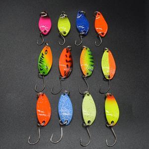 Image 4 - WLDSLURE 12 pièces mixte 3g/4.5g/5g boîte de pêche en métal appât cuillère leurre ensemble truite leurre matériel de pêche