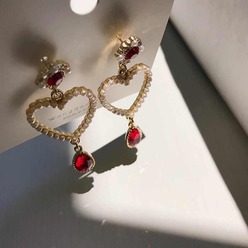 Vintage Baroque คริสตัล Drop ต่างหู Palace Burgundy สีแดง Rhinestone ไข่มุกเทียมรัก Dangle ต่างหูเครื่องประดับ