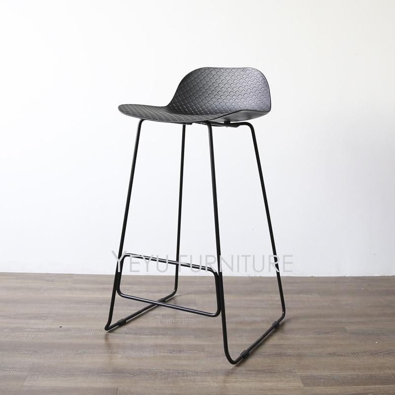 US $199.0 |Design moderno design In Plastica e Metallo Sgabello Moda loft  Bar Mobili confortevole Sedia Bar Cucina Camera Bancone Sgabello 1 PZ-in ...