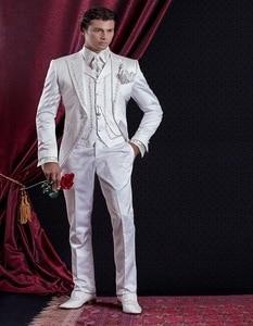 Image 4 - Style classique broderie dorée marié Tuxedos blanc garçons dhonneur hommes mariage costumes de bal Blazer avec pantalon (veste + pantalon + gilet)