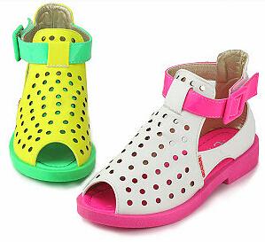 2015 Novas Crianças sapatos de Verão Sandálias De Praia Meninas Sapatos Princesa Arco de Cor Fluorescente Sandálias Peep Toes KY8959