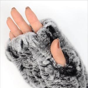 Image 5 - Frauen 100% Echt Echte Gestrickte Rex Kaninchen Pelz Winter Fingerlose warme weiche Handschuhe Fäustlinge Arm Hülse