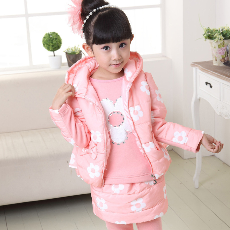 Фотография New Winter Windproof Girl Clothing Sets Children Flower Casual Outerwear Suits 3pcs Hooded Vest + Shirt + Pant Kids Costume