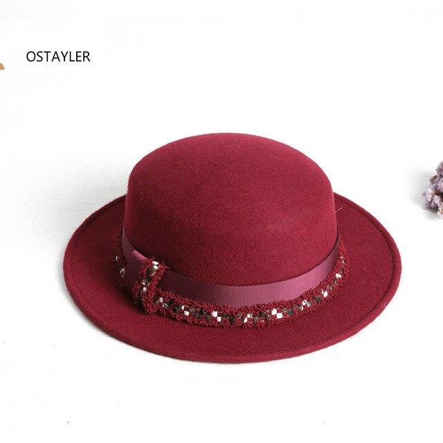 High End Putih Penuh Pendek Wol Fedora Hat Wanita Vintage busur Jazz Topi  Wanita Korea Musim ab7f51dc28