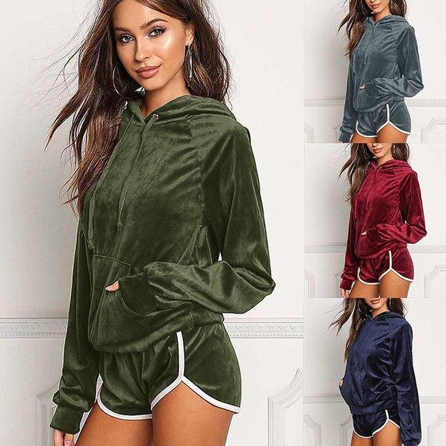 Velvet Two Pieces Set Women Hoodies Crop Tops Sweatshirt   Shorts 2 Pieces  Sets Velour Tracksuit Female Home Clothing Sportswear 59e56b97f