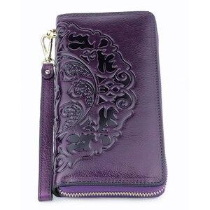 Image 5 - COMFORSKIN uzun Vintage püskül bayan cüzdan Premium hakiki deri benzersiz kabartma çiçek kadın fermuarlı çantalar el halat ile