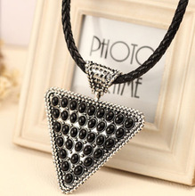 Europe and the United States retro exaggerated large triangle type necklace women's sense of leather rope sweater chain Z3177