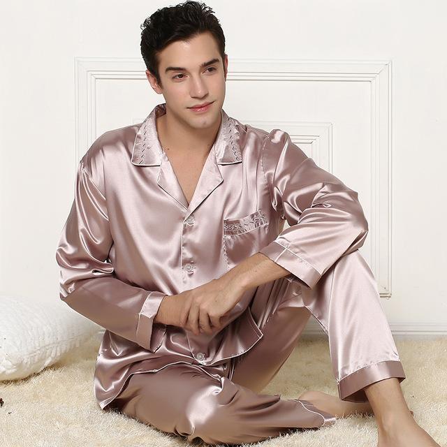 Hombres tradicionales pijamas 2016 nueva ropa de noche clásica camiseta de manga larga hombres pijamas conjuntos Lager tamaño pijamas de seda trajes Z1968