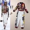 Mulheres Duas Peças Outfits Outono Inverno 2016 Runway Marca Novidade Dos Desenhos Animados Padrão de Impressão Jaqueta Cropped Listrado Calças Perna Larga 4113