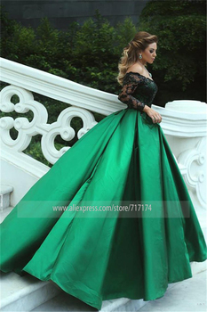 Black-Appliques Sleeves Off-the-Shoulder Long Elegant Prom Dress Black and Green Long Sleeves Evening Gowns 4