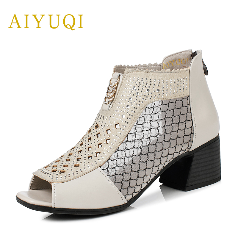 Plus size 41.42#43# genuine leather women's sandals, 2018 spring and summer new hollow air hole eye bud silk yarn shoes women knitting of silk filament and spun silk yarn