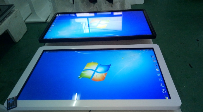 24 32 42inch 4K Led LCD Tft Hd Tv Panel Multi Touch Interactive High-definition Digital Signage Kiosk Desktops Computer Pc