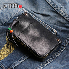 AETOO Retro handmade male lady Leather key pack multifunctional car remote control Baotou layer cowhide Personality Card Pack