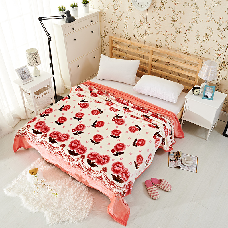 multisize home decor floral fleece throw blanket on the bed - King Size Blanket