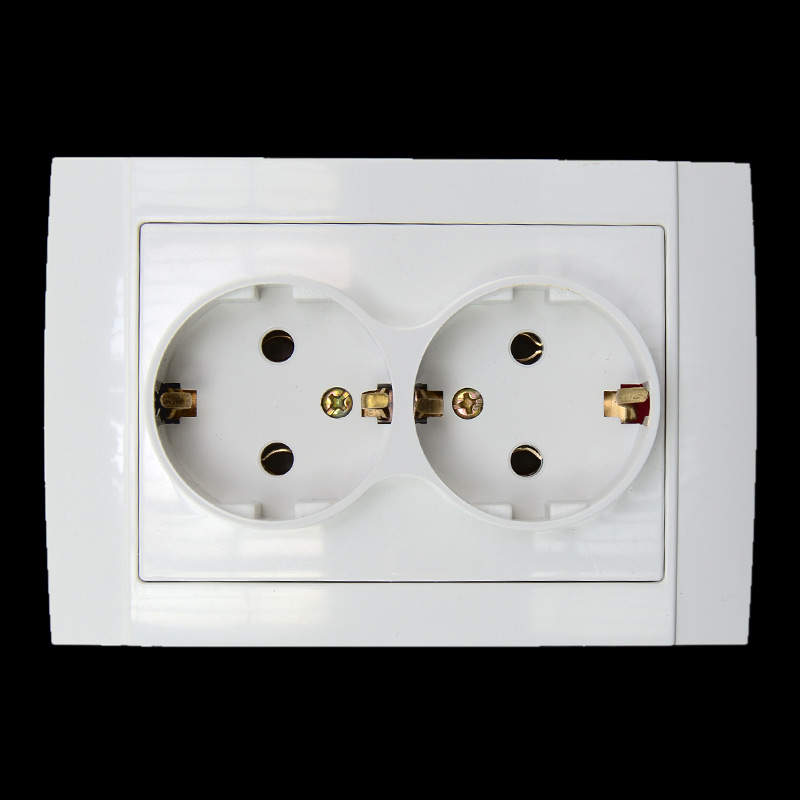 118mm Type European German Standard Double Wall Power Outlet CE Certified ABS Material Socket EU-8012