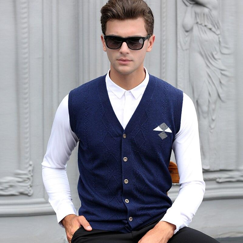 New design mens autumn cashmere sweater vest fashion plaid sleeveless sweater man argyle v-neck wool sweater cardigan