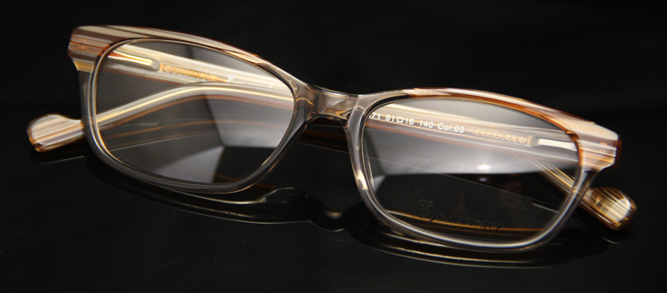 1ff22ca734b 2014 Super Quality Fashion Popular Women Purple Designer Eyeglasses Frame  in Vintage style Designed in Spain-in Eyewear Frames from Apparel  Accessories on ...