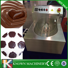 Commercial esay cleaning 8 kg Electric chocolate tempering chocolate meltine moulding machine for sale