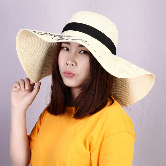 Letter Printed Cap 2018 Fashion Women s Ladies  Wide Large Brim Floppy  Summer Sun Beach Hat Straw Hat 3Color b0f2618c738e