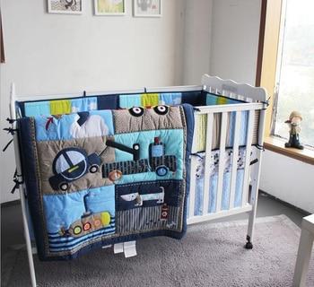 цена на New 7 Piece Boy Baby Bedding Set Car Dog Nursery Quilt Bumper Sheet Crib Skirt Baby Boy Crib Bedding Protector De Cuna Cama