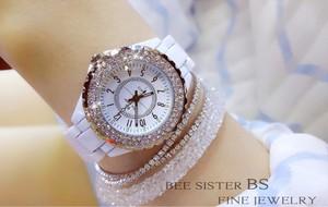Image 2 - נשים ריינסטון שעונים ליידי יהלומי אבן שמלת שעון שחור לבן קרמיקה גדול חיוג צמיד שעוני יד גבירותיי קריסטל שעון