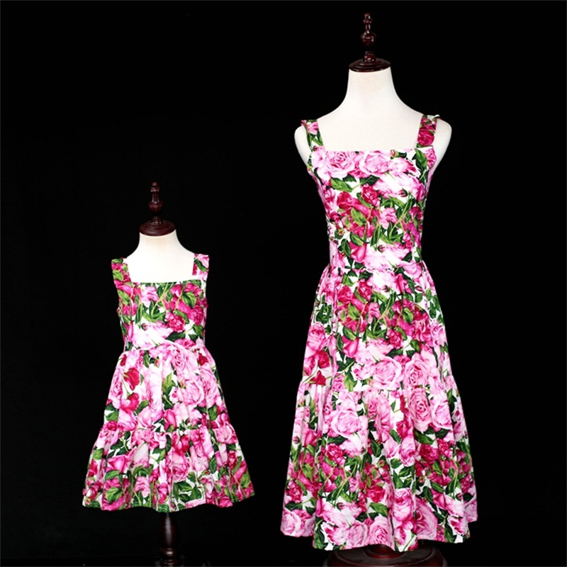 children cotton rose braces skirts family look outfits mom girls holiday Summer beach dress matching mother and daughter clothes brand spring summer pink green sleeveless pleated large size skirts infant sundress daughter mother and girls family look dress