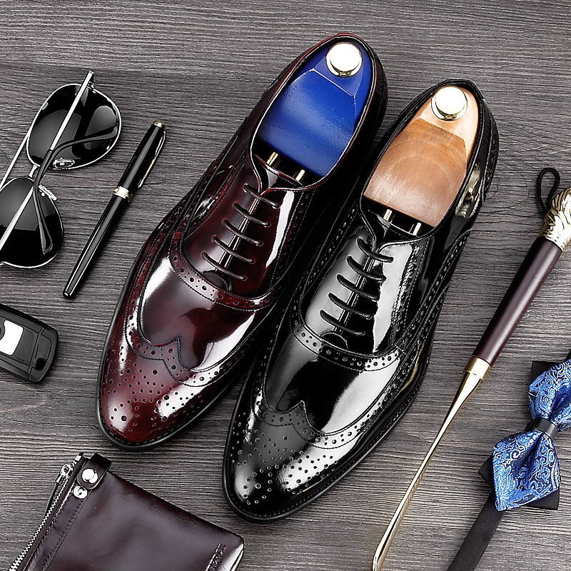 Vintage Man Party Brogue Shoes Patent Leather Carved Formal Dress Wedding Oxfords Round Toe Men s