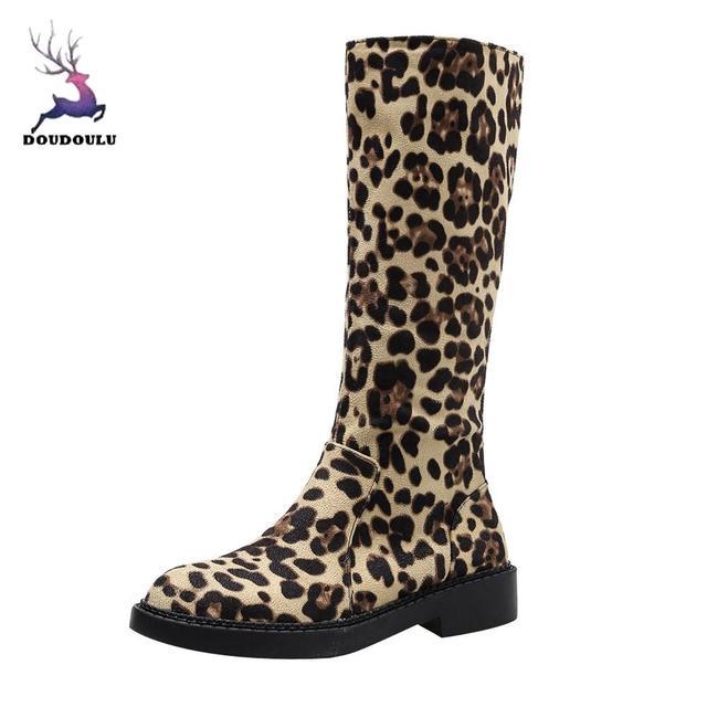 90657dfd0ddb5 Las mujeres leopardo alta tubo botas de tacón grueso Caballero botas con  cremallera lateral zapatos botas