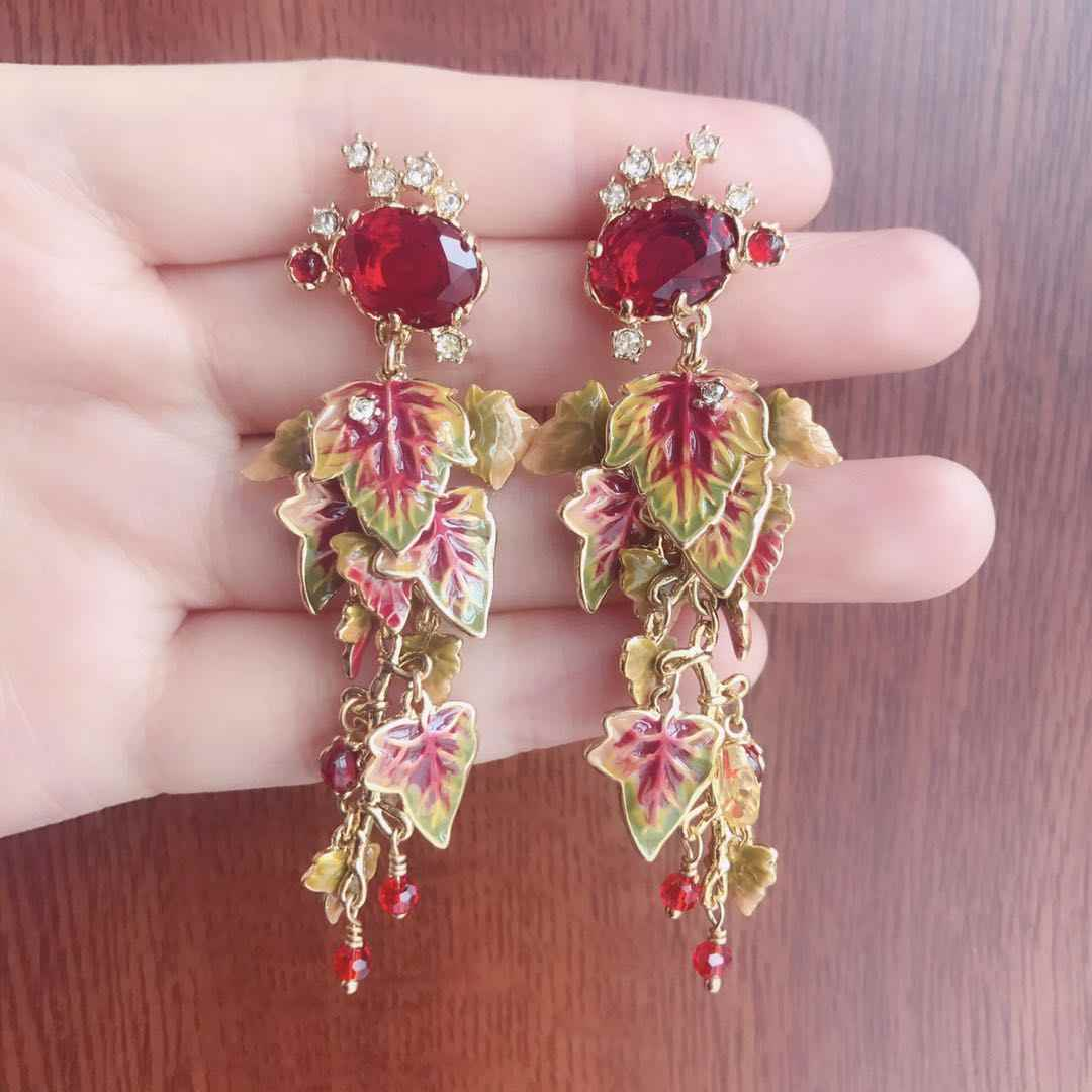 2020 Amybaby Autumn Red Faceted Glass Crystal and Maple Leaves Enamell Glaze Drop Stud Earrings Jewelry For Party