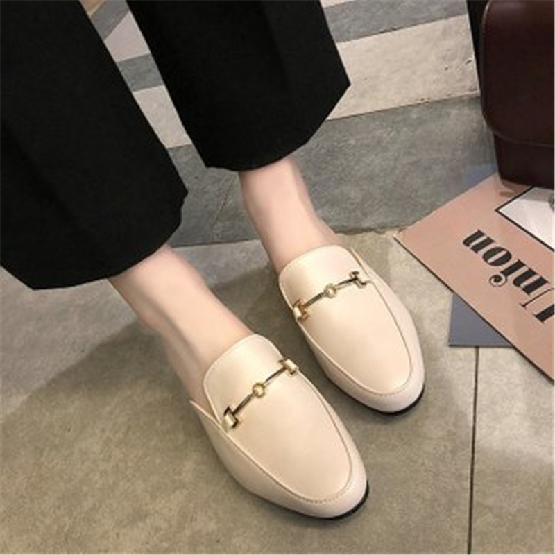 2019 Summer Fashion Sandals Female Round Head Flat Sole Solid Soft Square Heel New Comfortabla Beach Slippers Women