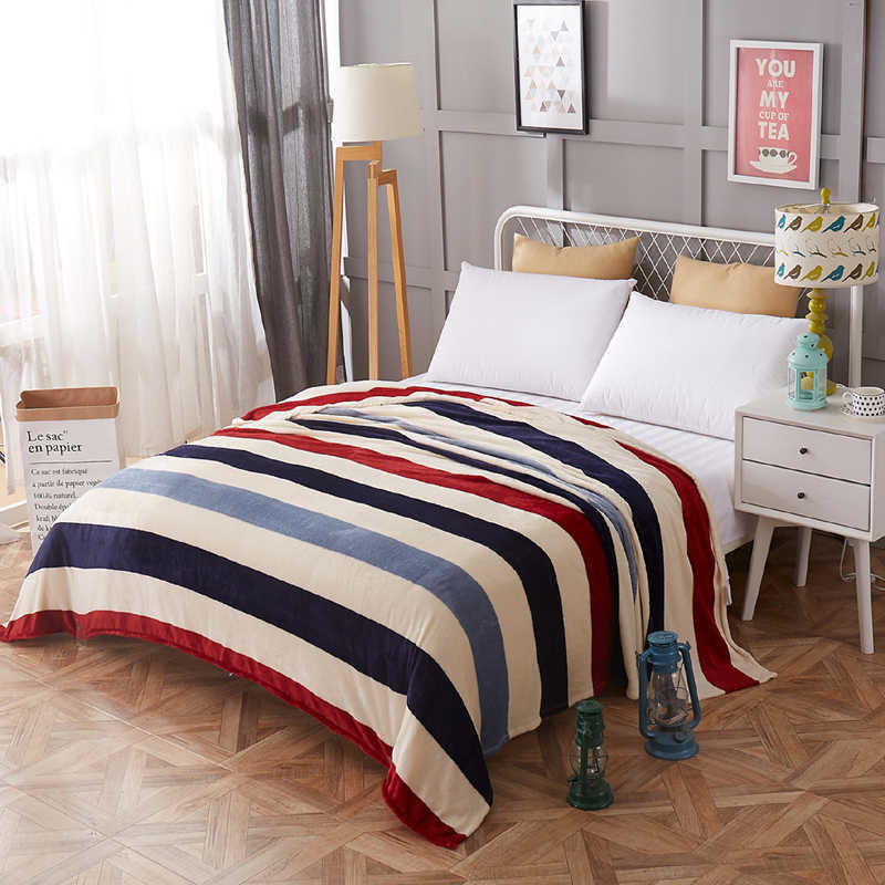 Bedding bedspread blanket 120x200cm High Density Super Soft Flannel Blanket to on for the sofa/Bed/Car Portable Plaids
