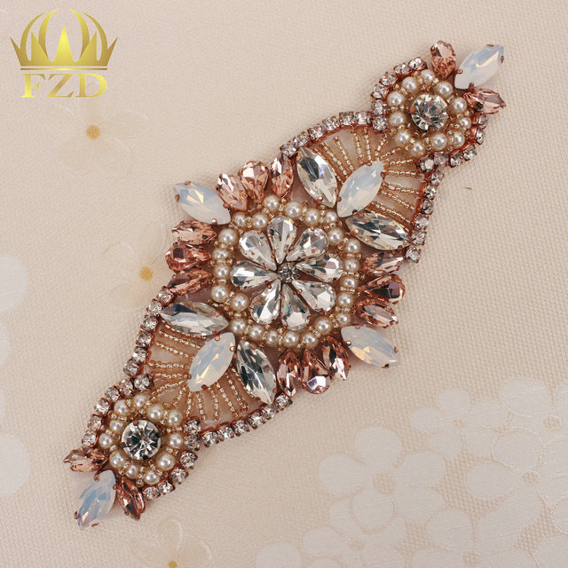 (30pieces) Wholesale Rose Gold Handmade Hot Fix Sew on Bridal Sash Beaded  Clear and Pink Rhinestone Applique Wedding Dress 886f9fa73399
