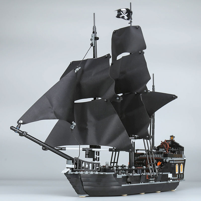 IN STOCK XYTMC 16006 804PCS Pirates of the Caribbean The Black Pearl Ship LEPIN Building Model Blocks Set Toys Clone 4184 DHL bevle store lepin 16006 804pcs with original box movie series the black pearl building blocks bricks for children toys 4148