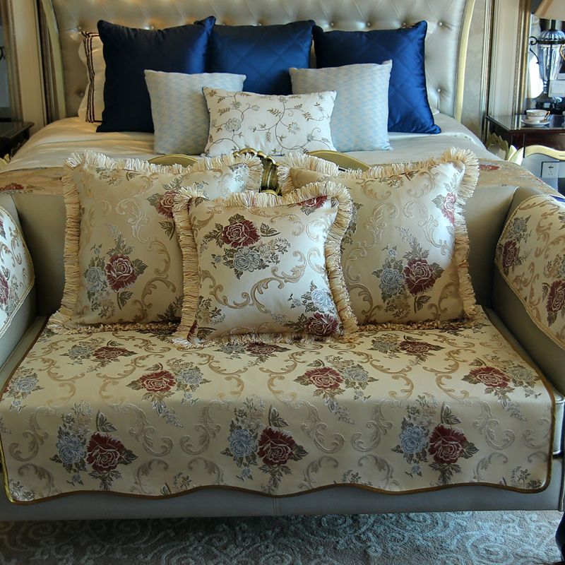 Vintage Rose Floral Romantic European Style Luxury Sofa