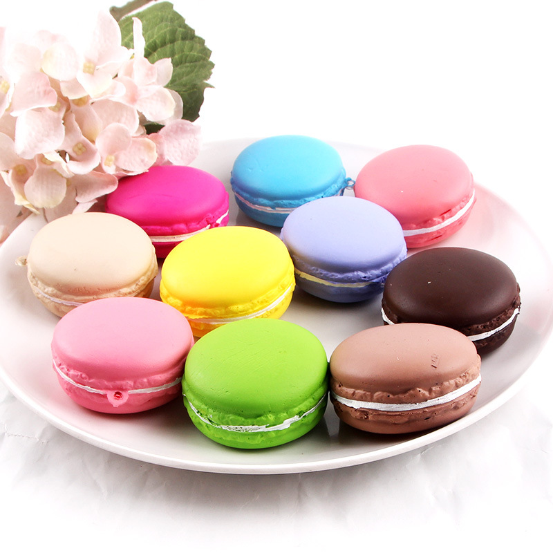 Hot Sale Juguetes 10pcs New Arrivals Artificial Fake Cake Simulation Mini Macaron Wedding Decoration Lovely Children Toys