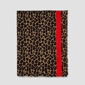 Image 1 - 2019 marki Leopard print kaszmirowy szalik dla kobiet winter warm projektant kobiet moda pashmina szale dziewczyna głowy Sexy szaliki