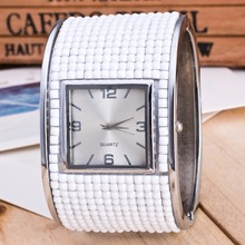 2018 Fashion New Womens Bracelet Watches Ladies Dress Watches Quartz Wristwatches Rhinstone Relogio Feminino Square Clock White