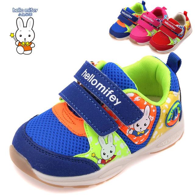 Envío gratis 1 par Niños Zapatillas Zapatos de Los Niños + interior length13.3-15.8 cm, calidad Estupenda Kid deporte al aire libre