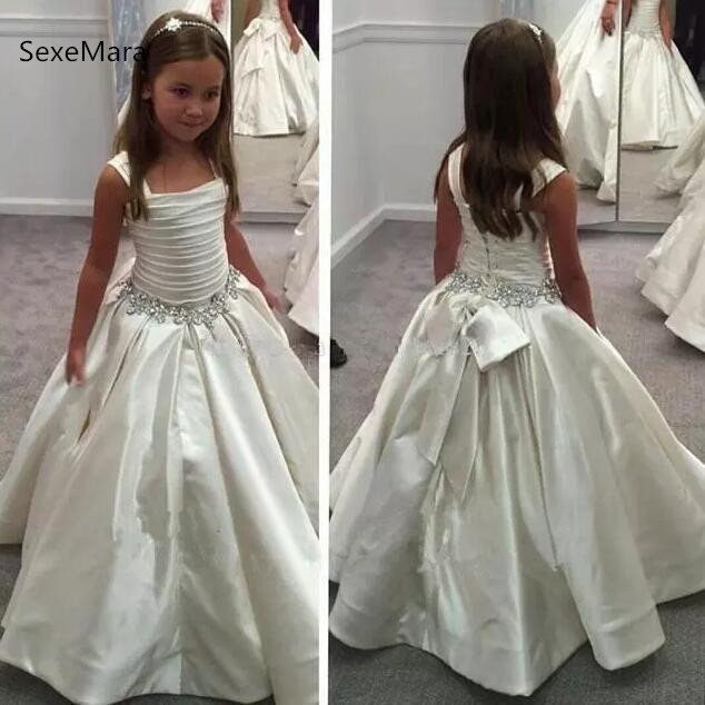 Gorgeous Ivory White Flower Grils dresses with Lace-up Back Beaded Birthday girls pageant gowns Communion dress Custom madeGorgeous Ivory White Flower Grils dresses with Lace-up Back Beaded Birthday girls pageant gowns Communion dress Custom made