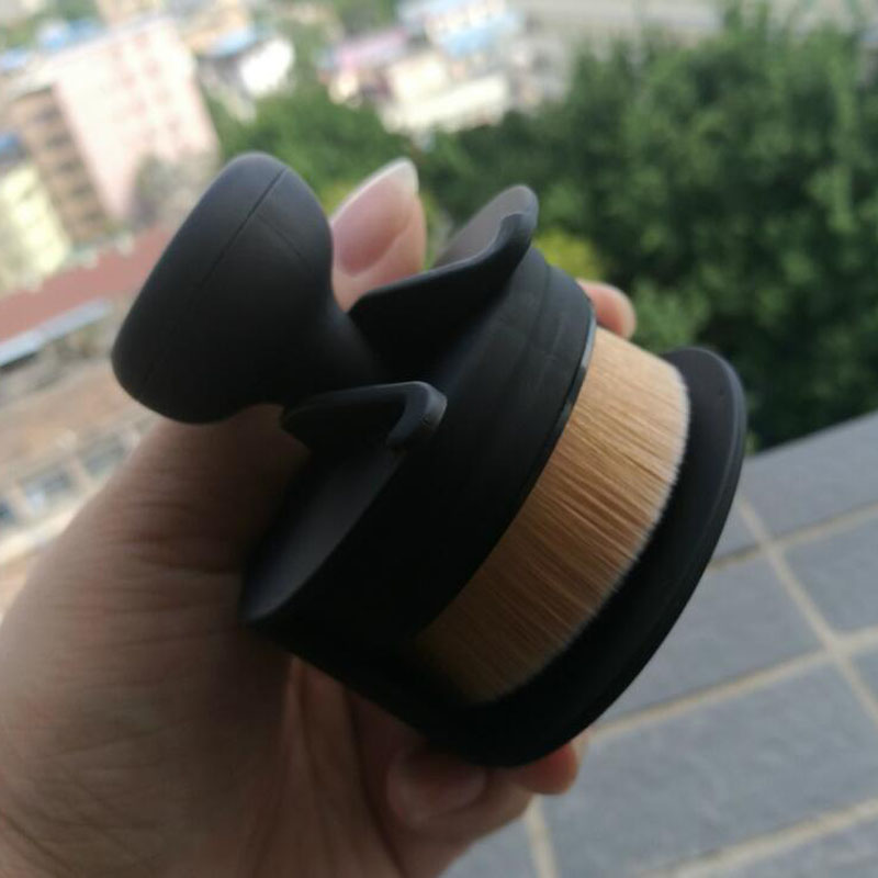 New Arrival Circle Oval Brush Style Foundation Makeup Air Brush Loose powder Synthetic Hair Brush Big One