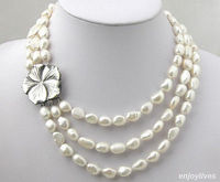 Heißer verkauf-3 Reihen Echte Weiße Perle Shell Blume weiß Verschluss Halskette AAA stil Fein Edle echt Natur S-Top