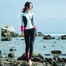 Hisea 0.5MM Women Diving Suit With Detachable Chest Pad One Piece Wetsuit Sun UV Protection Long Sleeve Surf Swimsuit 2 Style