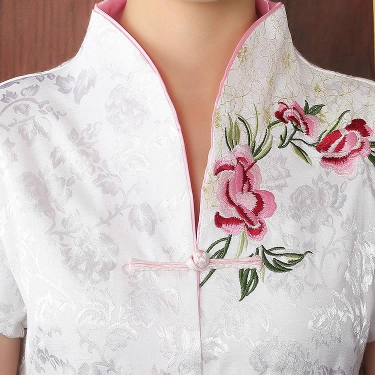 Tradtional Chinese Shirt Kvinnors satinplagg Storlek M till - Nationella kläder - Foto 3