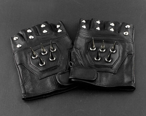 Image 4 - Mens Leather Spike stud Punk Rocker Driving Motorcycle Biker Fingerless Gloves