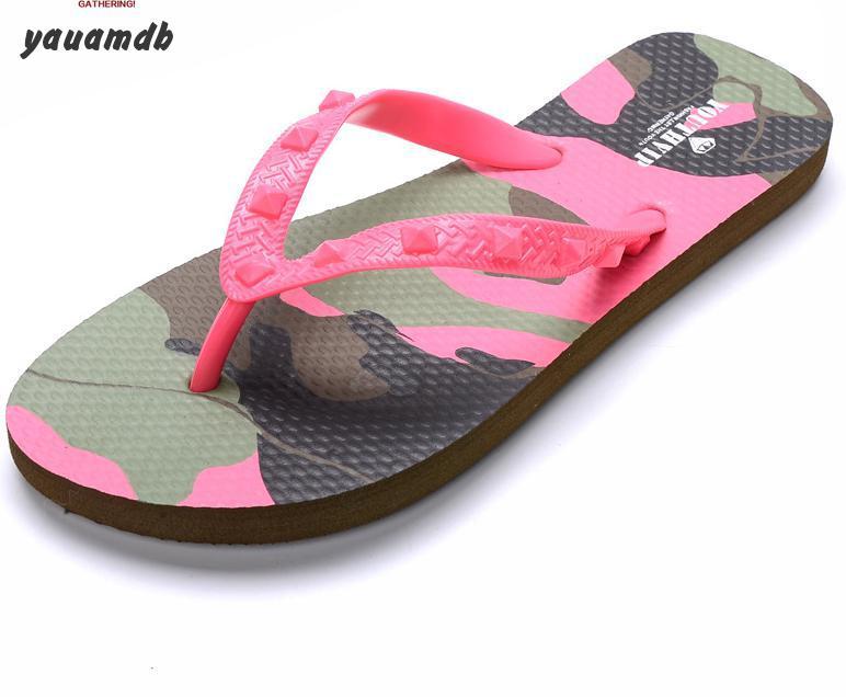 Womens flip flops size 4