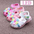 2016 Summer Children Shoes Girls Sandals Sapato Infantil Anti Slip Sole Baby Leather Sandals Kids LED Night Light Shoes Retail