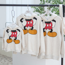Family Matching Clothes Father Baby 2018 Spring and Autumn New Cartoon Printed Hoodies Mom Kids Matching Mickey Sweater