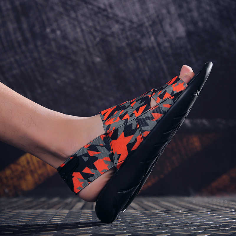 ฤดูร้อนใหม่รองเท้าแตะชายรองเท้าแตะชายรองเท้า Mules Clogs รองเท้าแตะชายหาดชายน้ำ Hollow Jelly Chaussure Homme Big ขนาด 39-46
