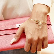 1pc 26 Letter Fashion Rose Gold Lovers Bracelet Silver Alloy Charm Female Personality BanglesJewelry Accessories